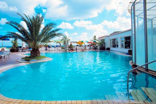 Soggiorni climatici ad ischia prenotazione hotel con for Hotel ad asiago con piscina